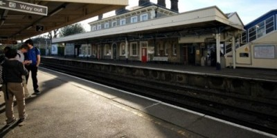 photo_teddingtonstation_peterdenton1
