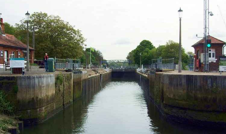 Teddington Lock Service Update